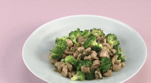 《上沼恵美子のおしゃべりクッキング》鶏とブロッコリーの炒めもの(石川智之)