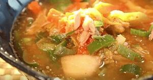 《土曜はナニする》ツナとキムチのスープ(Atsushi)