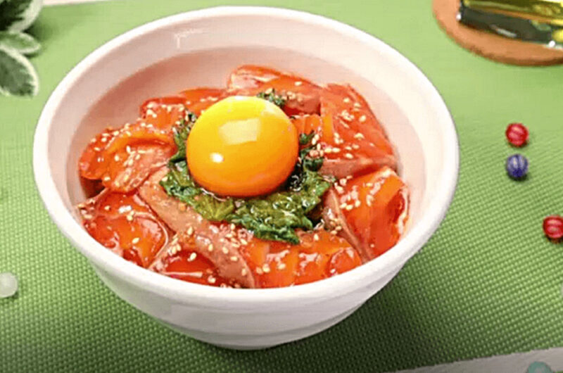 悪魔のサーモン丼(リュウジ:「にじいろカルテ」バズ飯)