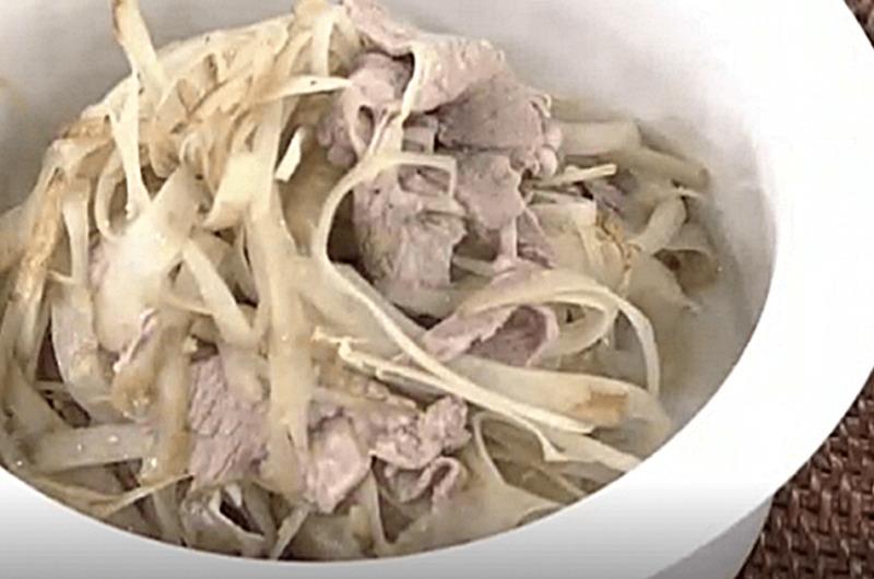 新ごぼうと豚しゃぶのサラダ(本田明子)