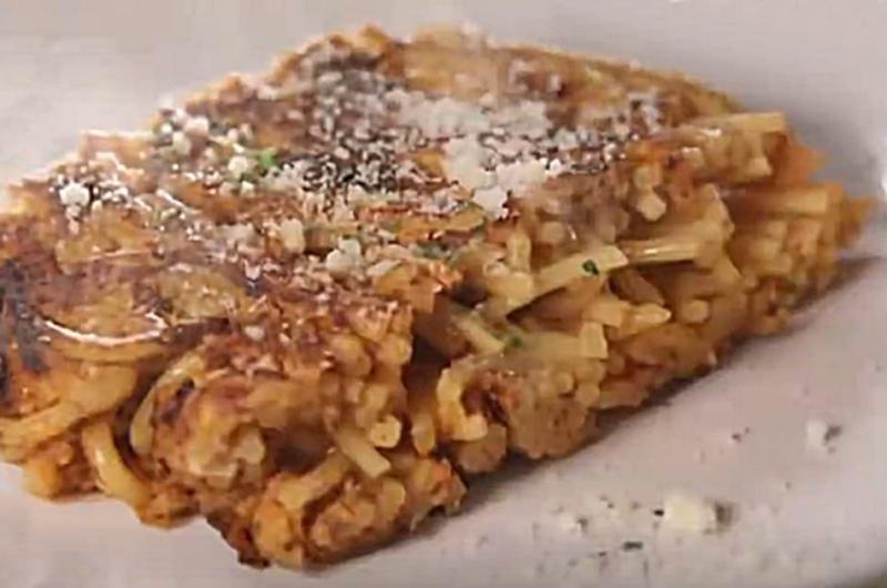 オムレツパスタ(冷凍食品アレンジレシピ:リュウジ)