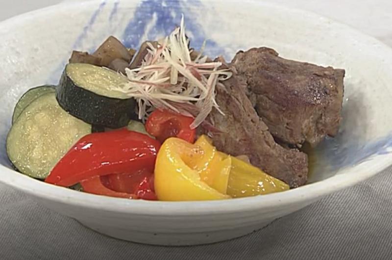 豚スペアリブと夏野菜の煮もの(松村眞由子)