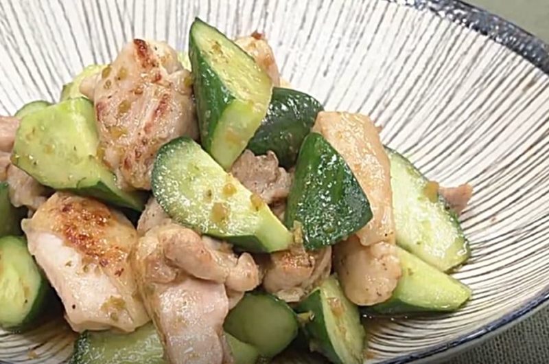 鶏肉ときゅうりの柚子胡椒炒め(検索きょうのおしゃレシピ)