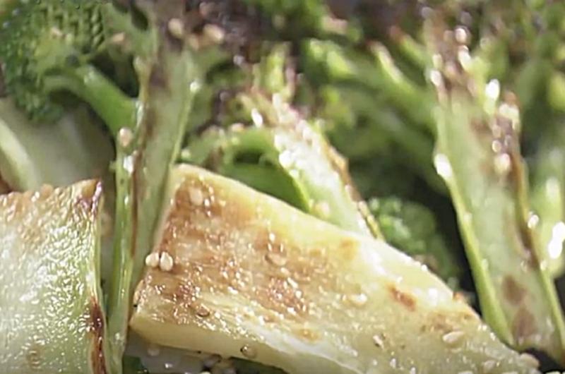 ブロッコリーの焼きナムル(フードロスほぼゼロレシピ:コウケンテツ)