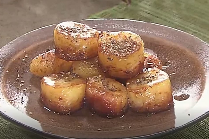 バナナのバター醤油焼き(バター醤油グルメ)