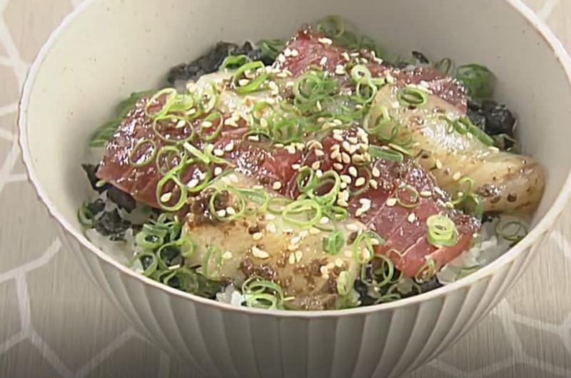いかマグロ丼(岡本健二)